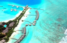 Maldives Resorts, Overwater bungalows