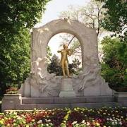 Johann Strauss Denkmal